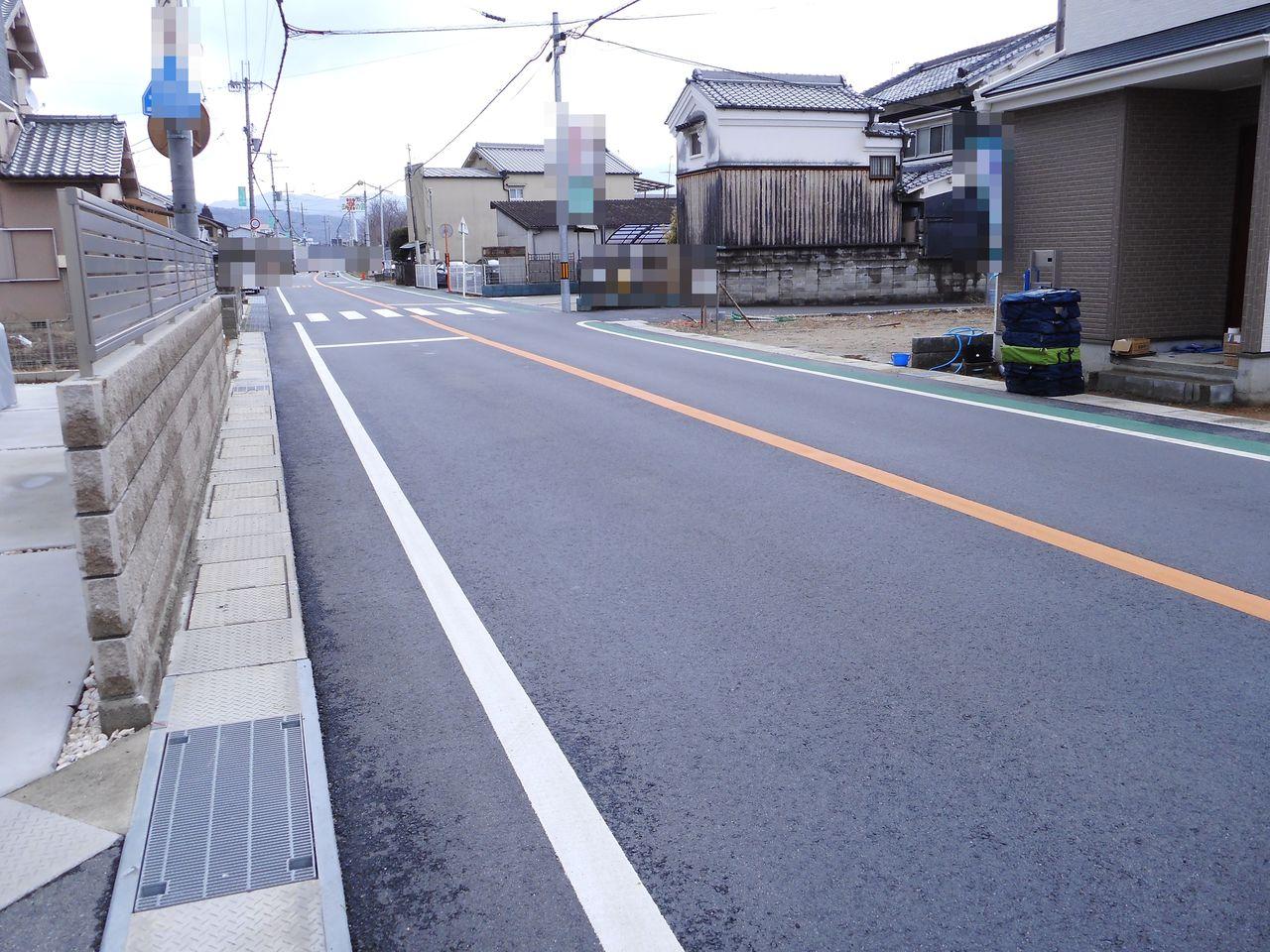JR三輪駅まで徒歩10分。 芝運動公園徒歩7分の立地です。 イオン桜井店やコメリホームセンターへも お車で5分程度、お買い物は便利です。 (2018年2月撮影)