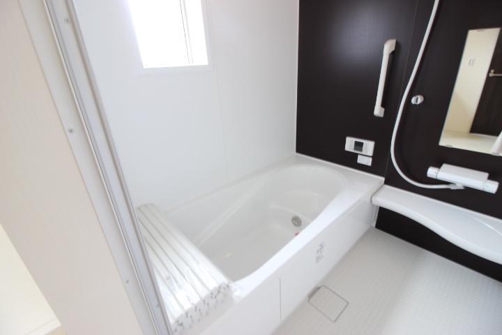浴室乾燥機付でいつも快適バスタイム