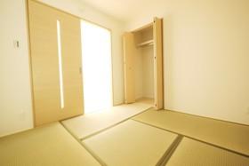 洋室+和室の間取りに変更しました♪ 和室をうまく使えば洋室とはまた違うくつろぎ方を演出できます♪