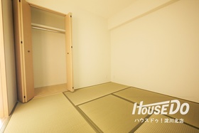 全居室に収納付き 居住空間を無駄にすることなく広く使えます♪