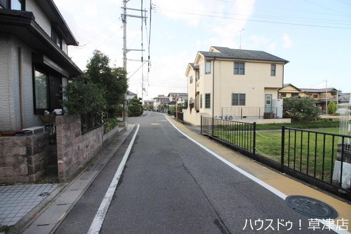 治田小学校まで徒歩9分(約670m)♪