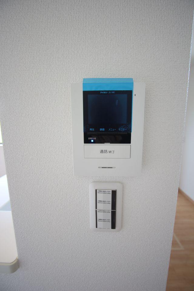 IHクッキングヒーターを使用。 オール電化住宅です。 (同社施工例)