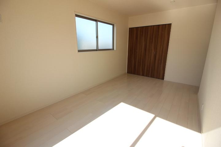 2階居室は全居室6帖以上。 子ども部屋にもゆとりある広さですね。