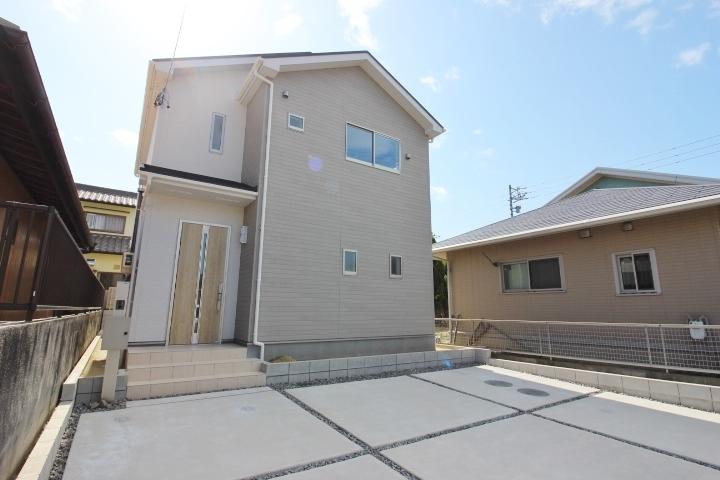 【外観写真】 名鉄常滑線 榎戸駅まで徒歩10分♪ 名古屋方面へのアクセスに便利な立地。