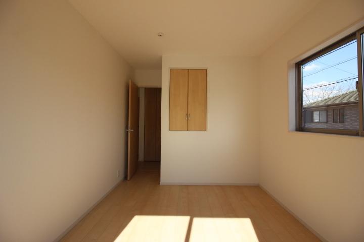 全居室2面採光。 お部屋が明るくなりますね。