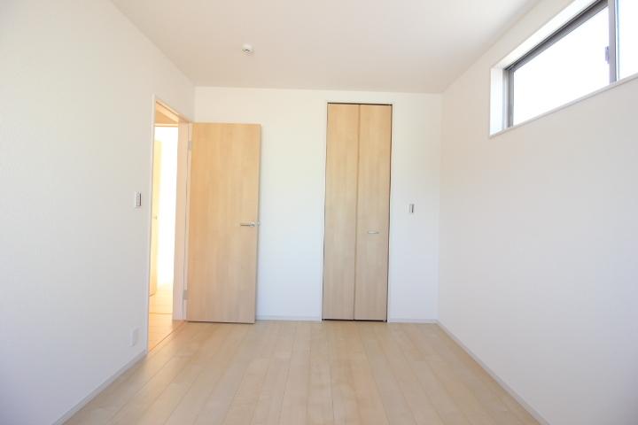 全居室収納あり。