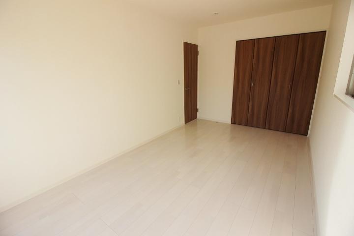 全居室南向きの、間取り。 お部屋の採光が取れ、通気性もUP。