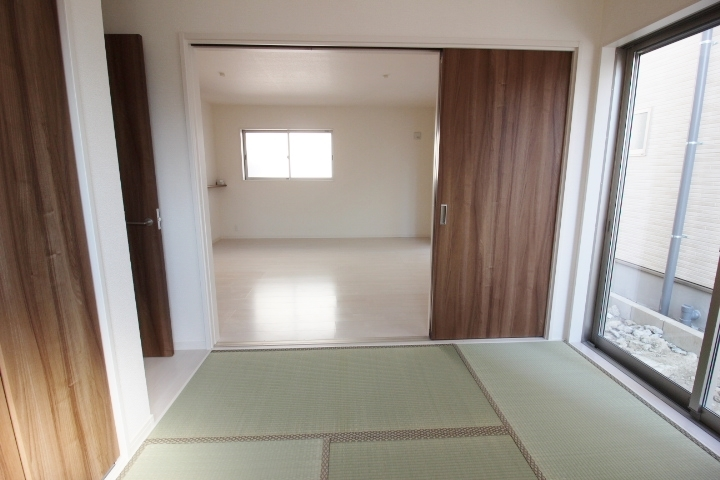 全室複層ガラスを採用。 断熱効果、結露防止効果が期待できます。