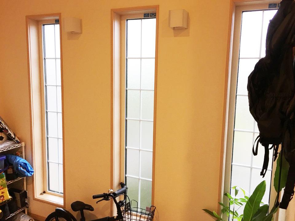 FIX窓で採光良好♪壁掛け照明あります♪小倉南区吉田にれの木坂1丁目♪