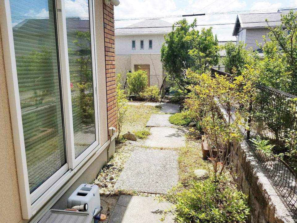 陽当たり良好♪お庭部分♪閑静な住宅地なのでゆったりとした生活が出来ますよ♪