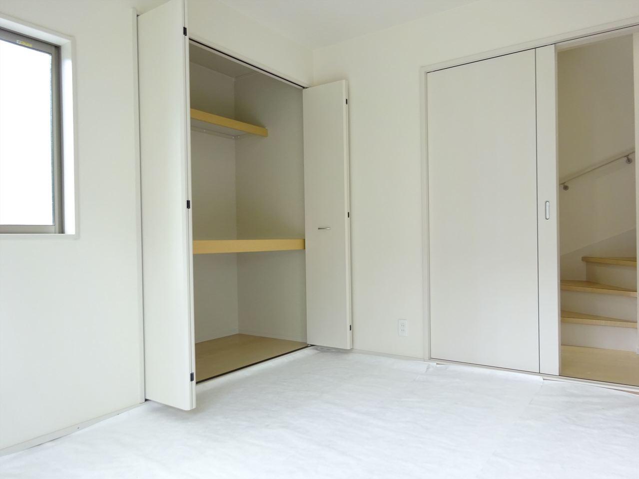 和室、丁度良い広さでごろごろくつろげる空間。