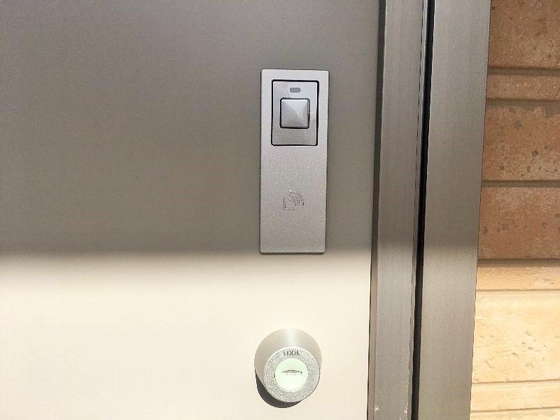 玄関鍵、カードキー対応可能です。