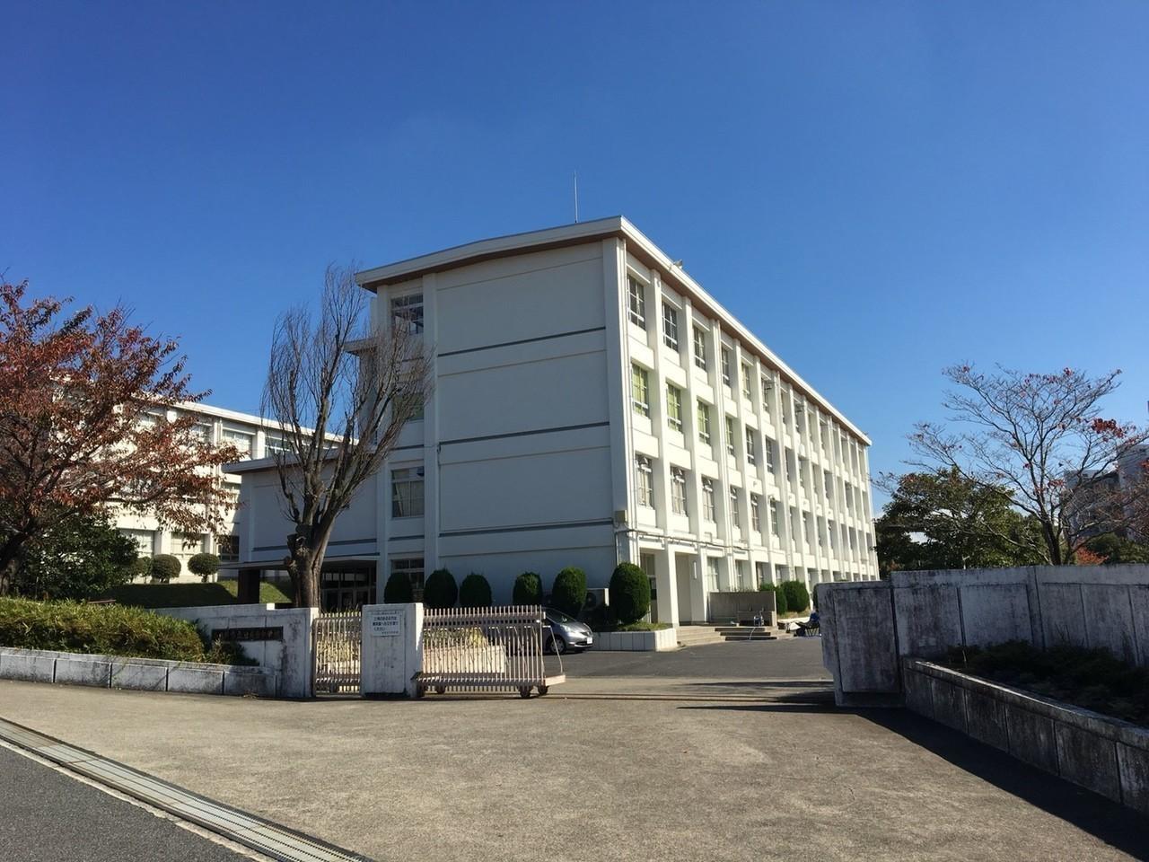 【中学校】岩成台中学校