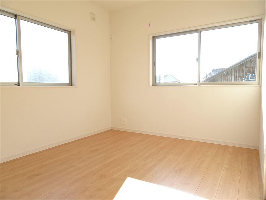 6.5帖の洋室です。明るく快適なお部屋です。