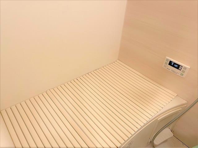 落ち着いた雰囲気の浴室はリラックスするバスタイムにはピッタリ!
