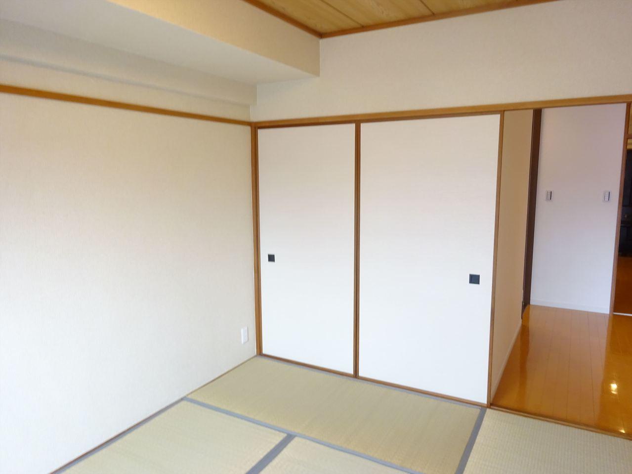 い草の香りに癒される和室♪日本の伝統を感じられる落ち着いた空間です♪
