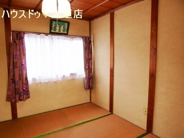 2階は各室収納が備わった和室が2間です。