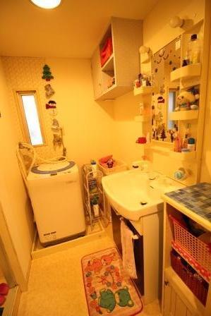 ☆洗面所☆ 室内にて洗濯機設置可能♪