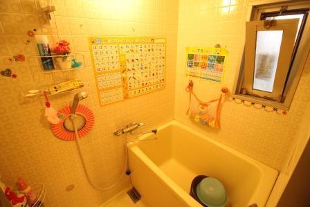 ☆浴室☆ 窓がついて通風良好♪