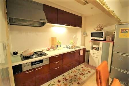 ☆キッチン☆ システムキッチンでお掃除も楽々♪