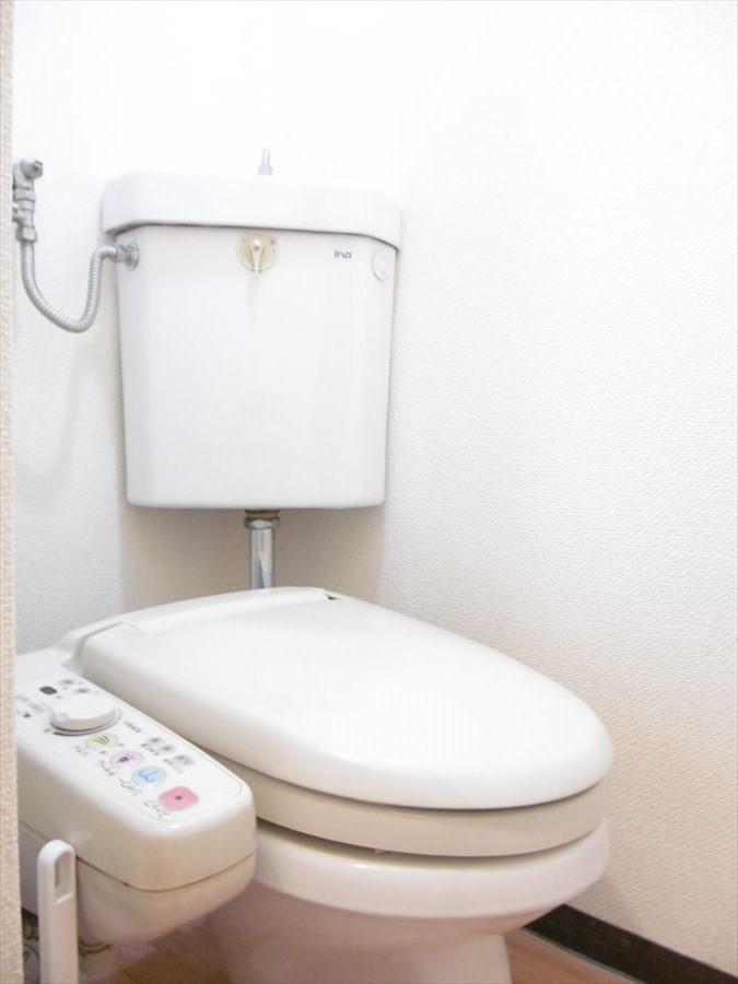 リフォームコミコミプランでトイレも一気にリフォーム可能です!