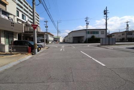 ☆前面道路☆ 南西側公道に接道