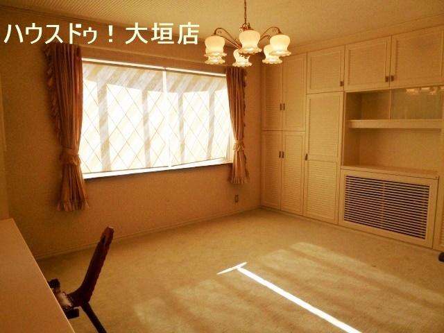 2階洋室は子供部屋にいかがでしょうか。
