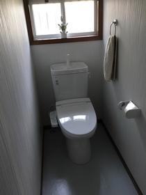 1階2階にシャワートイレ付