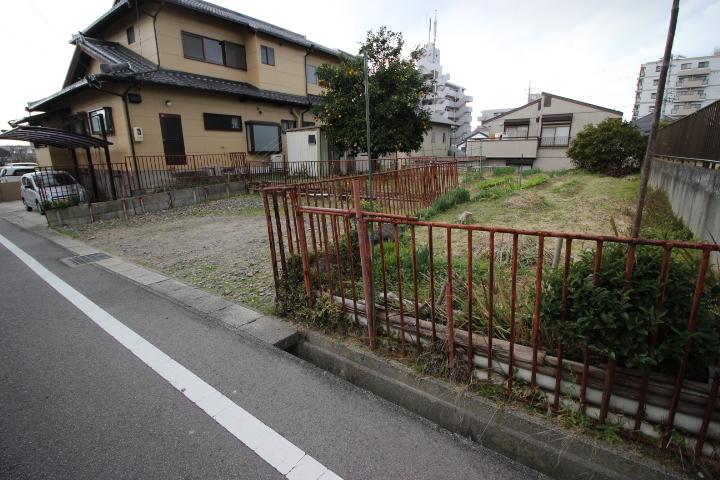 ●宮池小学校まで徒歩4分(約300m) ●成岩中学校まで徒歩17分(約1300m)