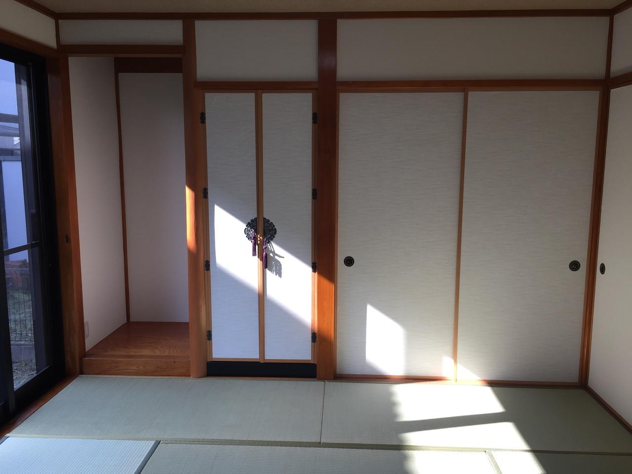 床の間と仏間付の和室☆