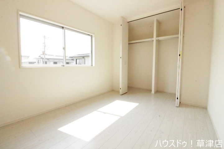 全居室収納完備。収納家具を減らして広々空間をお楽しみいただけるように工夫されていますね♪