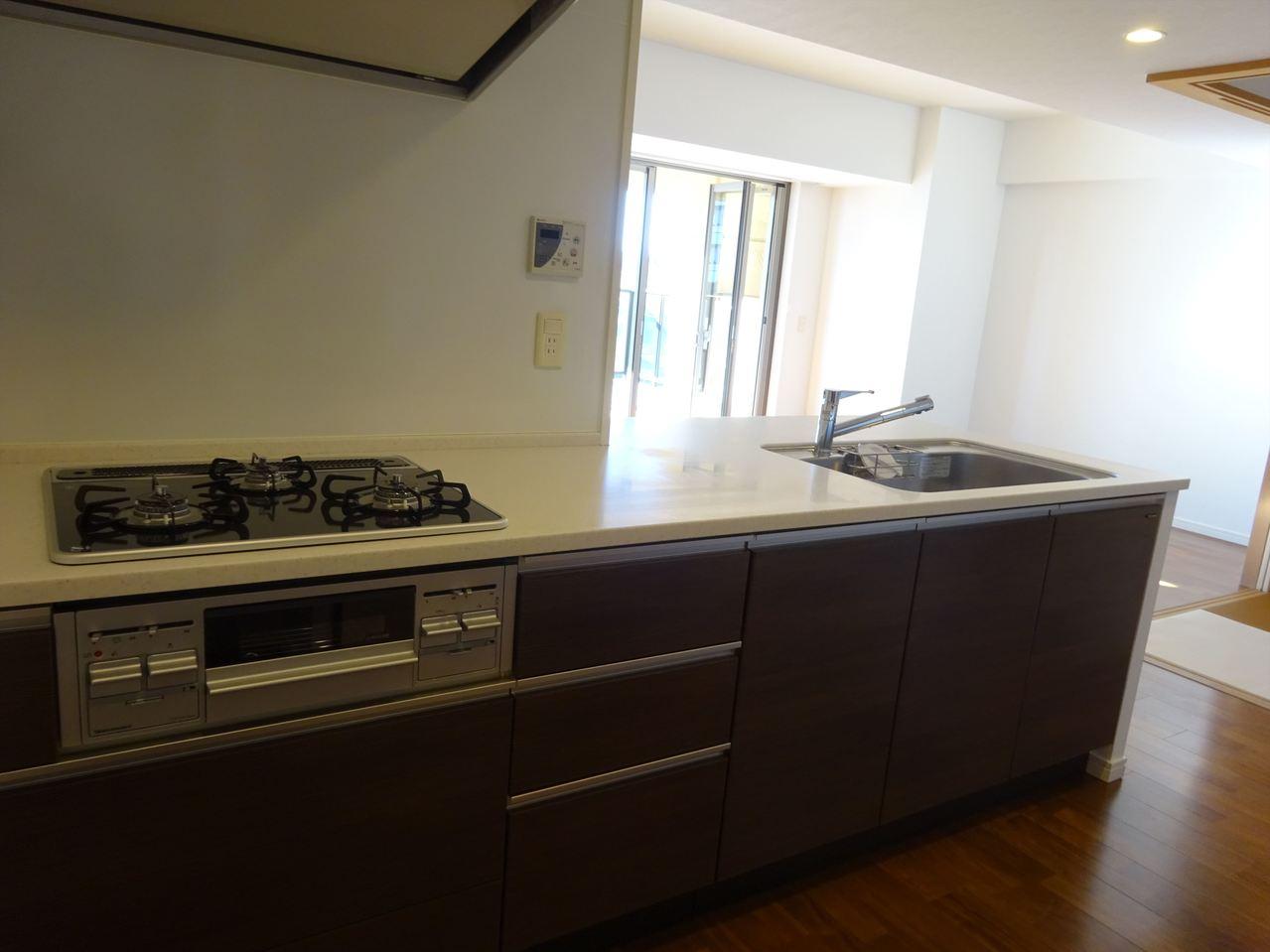 大きくて使いやすいキッチン