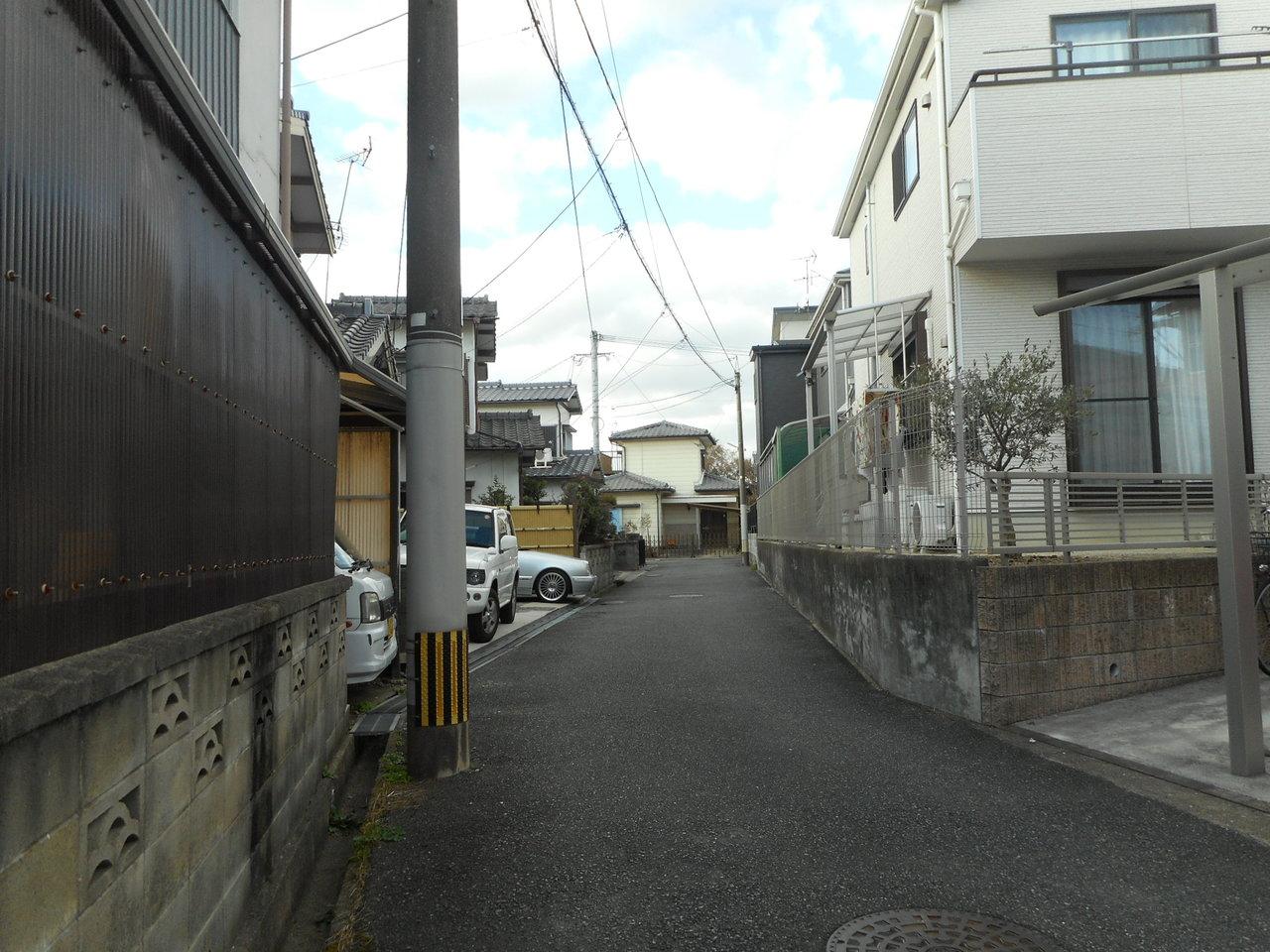 JR日豊本線「安部山公園」駅まで徒歩12分♪南側私道約4.0mで陽当たり良好。湯川小学校徒歩13分♪売地