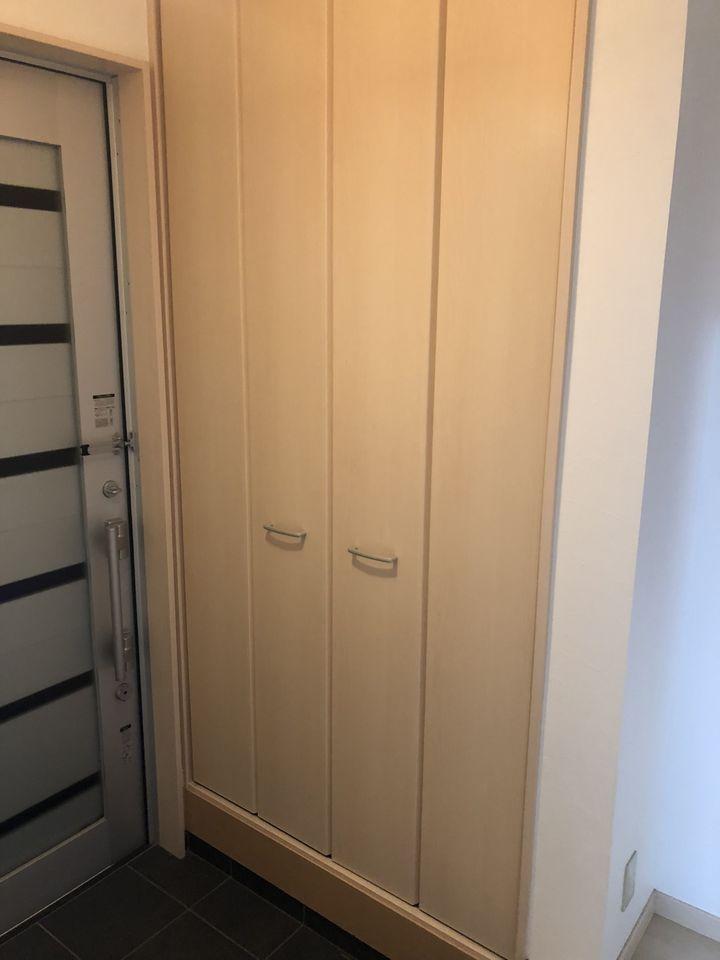 玄関にも大容量のシューズボックスを設置しました。 散らかりがちな場所の整理に 大活躍です。