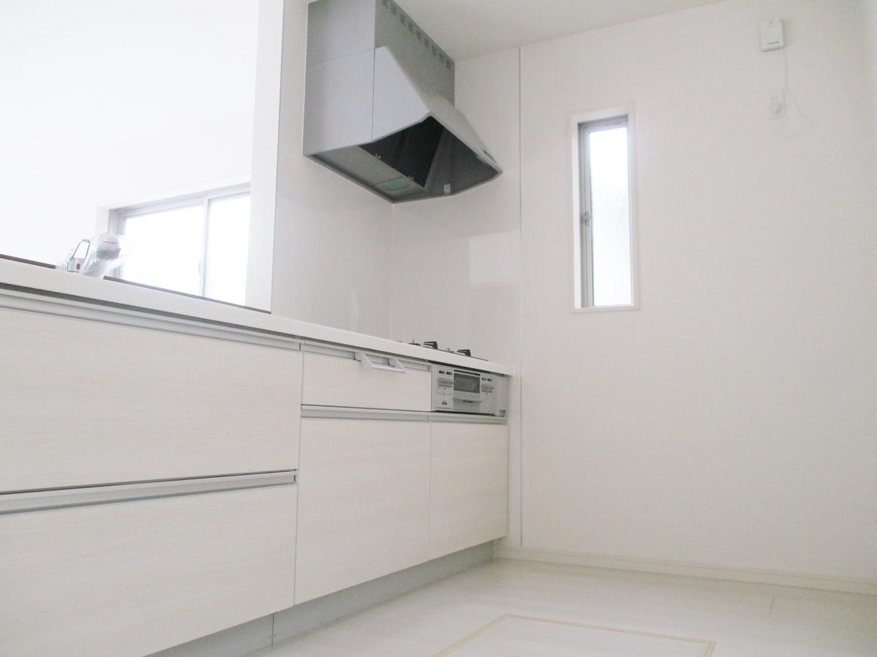 【同社施工例】浄水器付きのシステムキッチンがお料理作りを楽しくさせてくれます