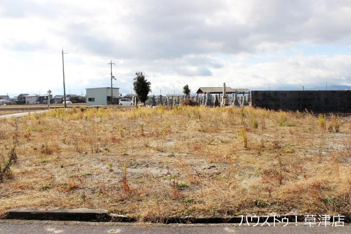 【外観写真】 全3区画・建築条件なし・土地約60坪・現況更地・第四保育園まで徒歩4分(約290m)
