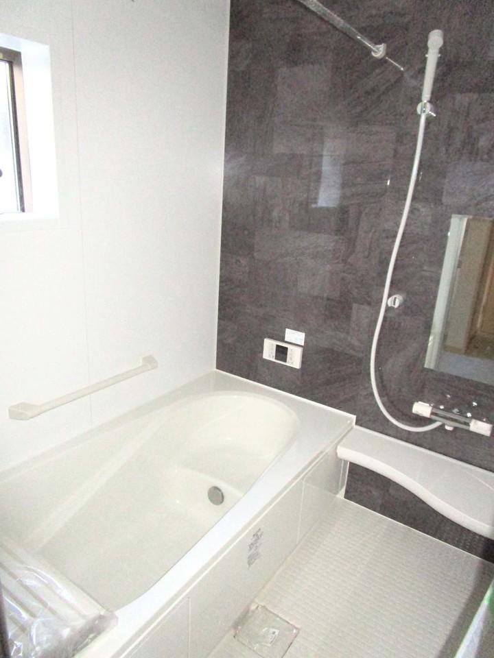浴室です。浴室乾燥機付き!