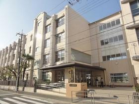 大阪市立城陽中学校まで約1400m徒歩18分  城東区鴫野西3-3-64 1947年4月21日大阪市立城東第三中学校設立 1949年改称 大阪市内の公立中学校で一番グラウンドが広い