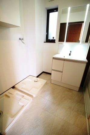 ☆洗面所☆ 洗濯機2台設置可能