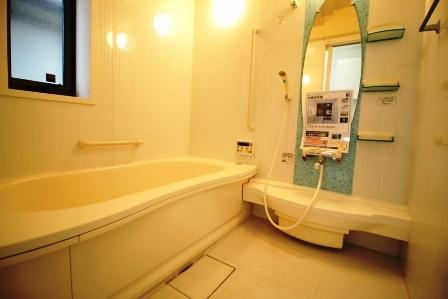 ☆浴室☆ 鏡付き浴室
