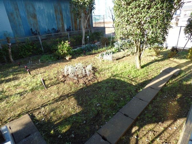 ◎家庭菜園(12/18撮影) 広々とした家庭菜園!他にも、ガーデニングを楽しんだり、お子様の遊び場スペースにも良いですね!
