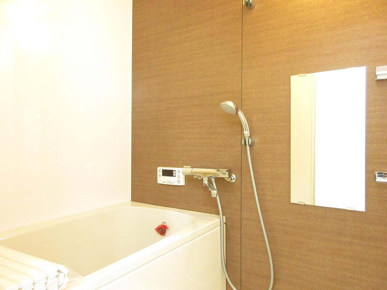 浴室もお洒落♪大人な雰囲気で落ち着いてバスタイムを楽しめそうです(^^)