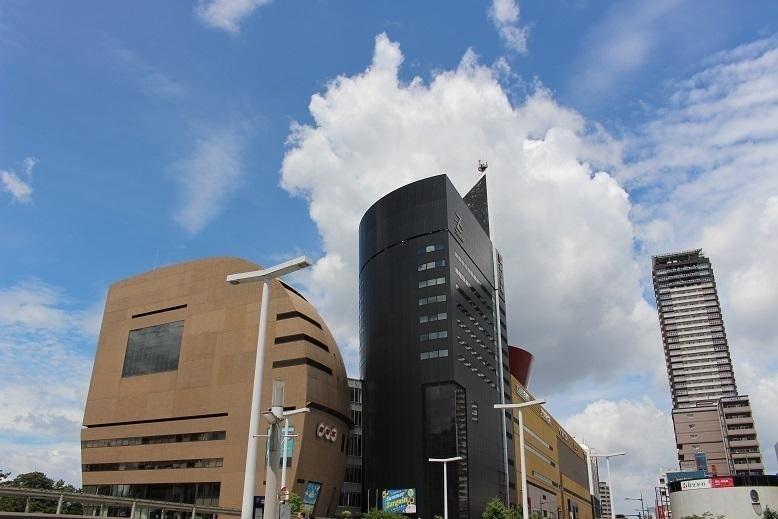 【ショッピングセンター】ショップ、レストラン、アミューズメントの商業施設。イベント盛沢山!!