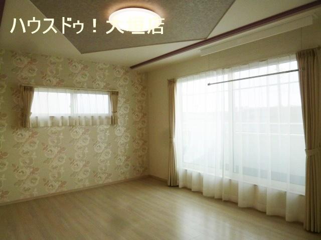 収納量充実のWICのある約10帖の主寝室。
