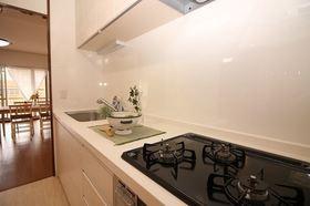 システムキッチン新調 広いキッチンでのお料理が楽しみですね!