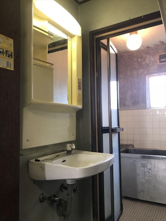 コミコミリフォームパックで洗面と浴室も一気にリフォーム可能です!