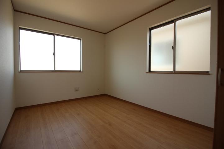 2階に4部屋あるゆとりある間取り。
