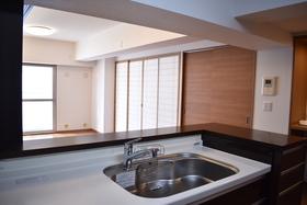 開放感あるキッチンからお部屋全体見渡せます。
