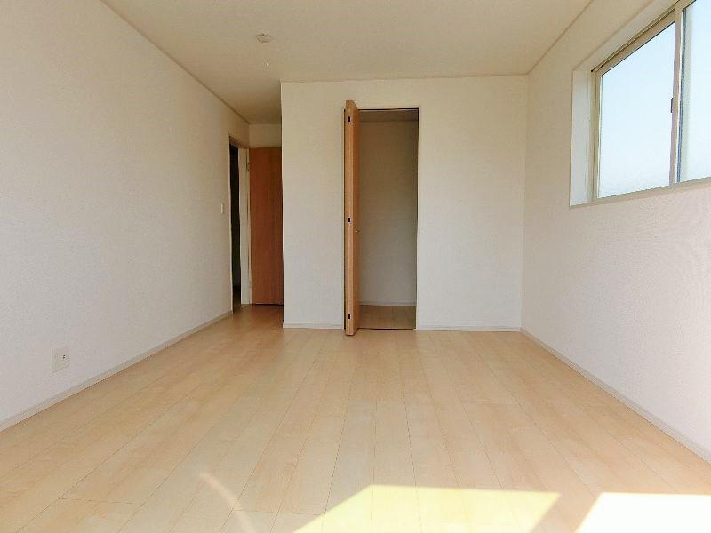 2階7.75帖洋室です。(WCL付き)