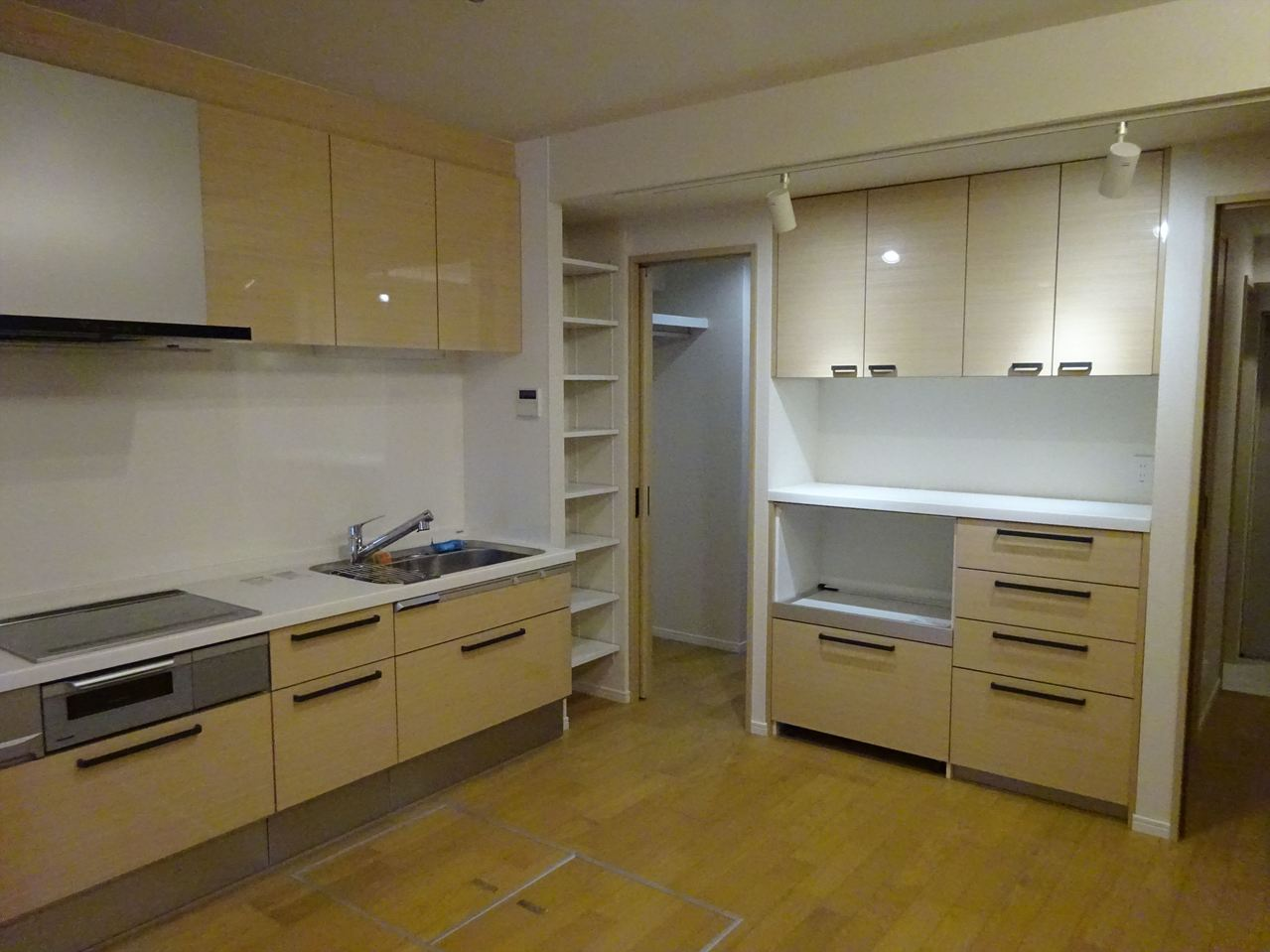 【モデルルーム】 あなただけの特別の暮らし♪ハウスドゥ!青梅河辺店だからできるリノベマンションとオシャレ家具の融合♪ 『こんな部屋に住みたい』こだわりの強いあなたに寄り添う素敵な家具、ご提案します